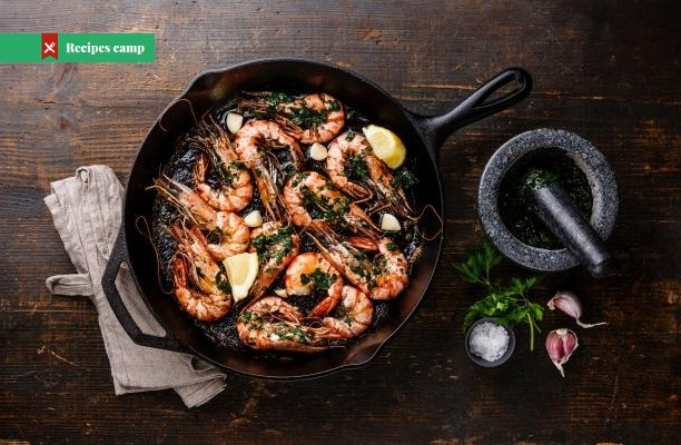 Recipe  White wine garlic prawns