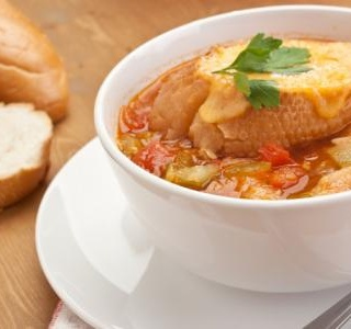 Autumn vegetable soup with cheesy toasts