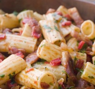 Chilli Rigatoni with Spicy Salami
