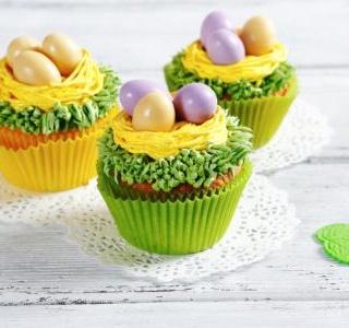 Easter Malt Cupcakes