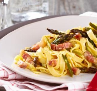 Five-Ingredient Bacon Asparagus Pasta