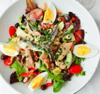 French Nicoise salad with tuna