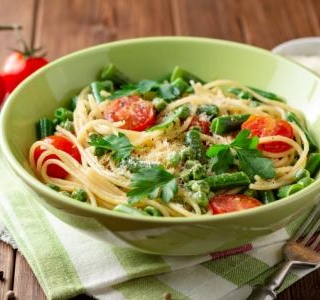 Pasta Salad with Fresh Peas, Tomato and Pecorino