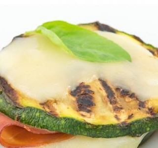 Roasted zucchini with ham