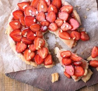 Simplest Strawberry Tart