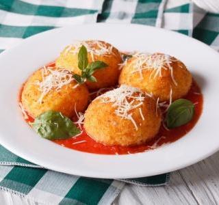 Vegetarian Arancini - Italian risotto balls