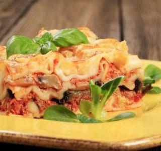 Best Lasagne - Sweet Italian Sausage Lasagne