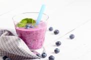 Blueberry ice cream smoothie