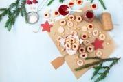 Raw Linz cookies